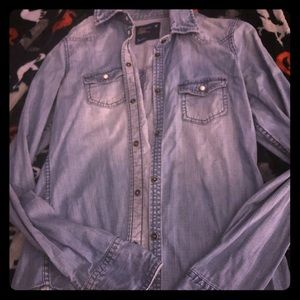 AE thick denim button up